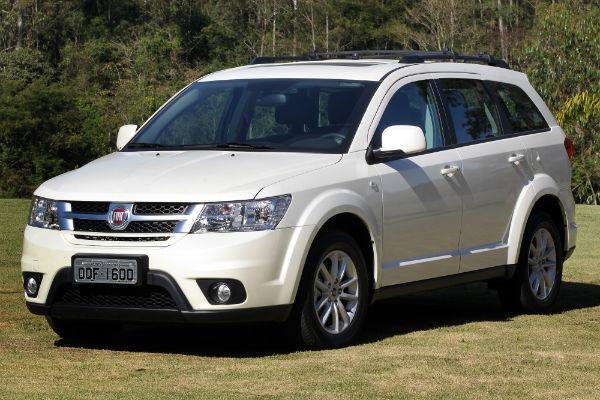 Consumo Fiat Freemont Precision 2.4 2012 - Frente
