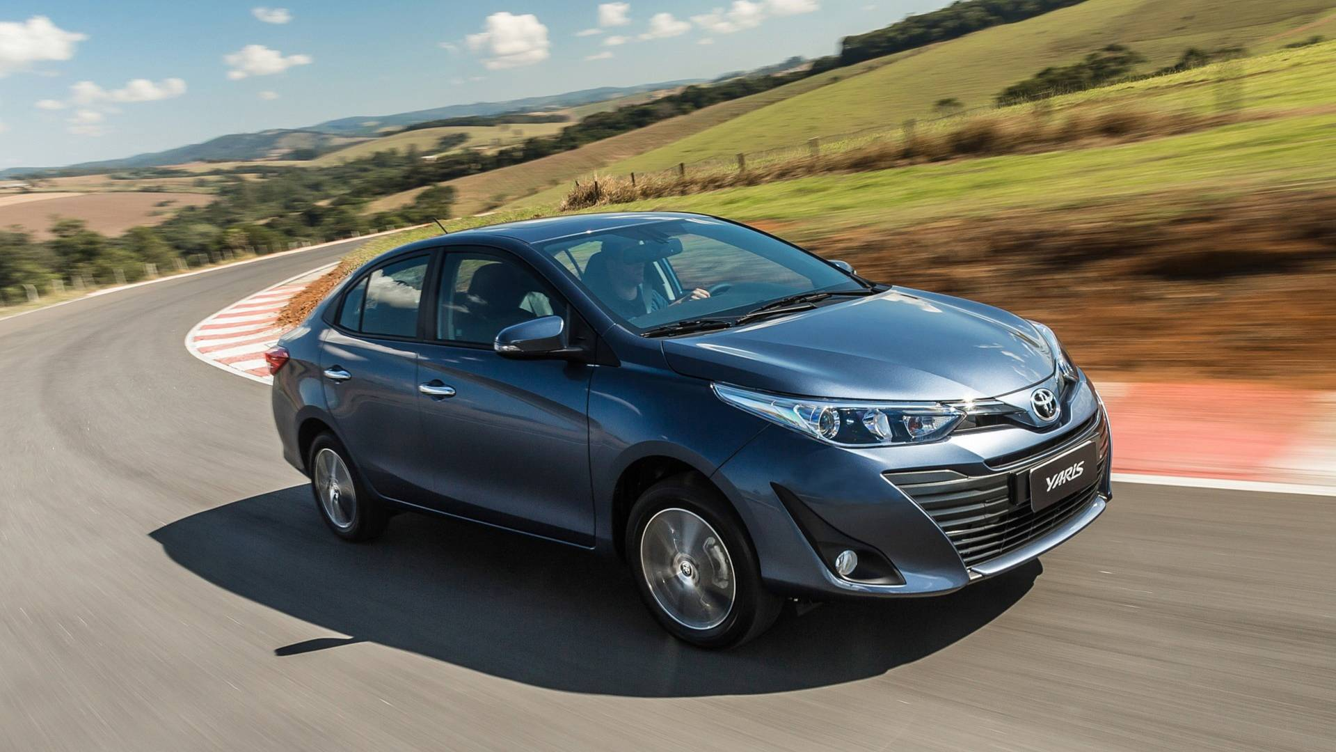 Consumo Toyota Yaris Sedan XLS 1.5 AT 2019 - 1
